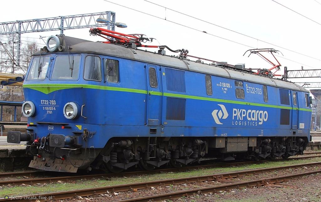 """ET22-703 """"BYCZEK"""" odpoczywa na stacji Tychy"""