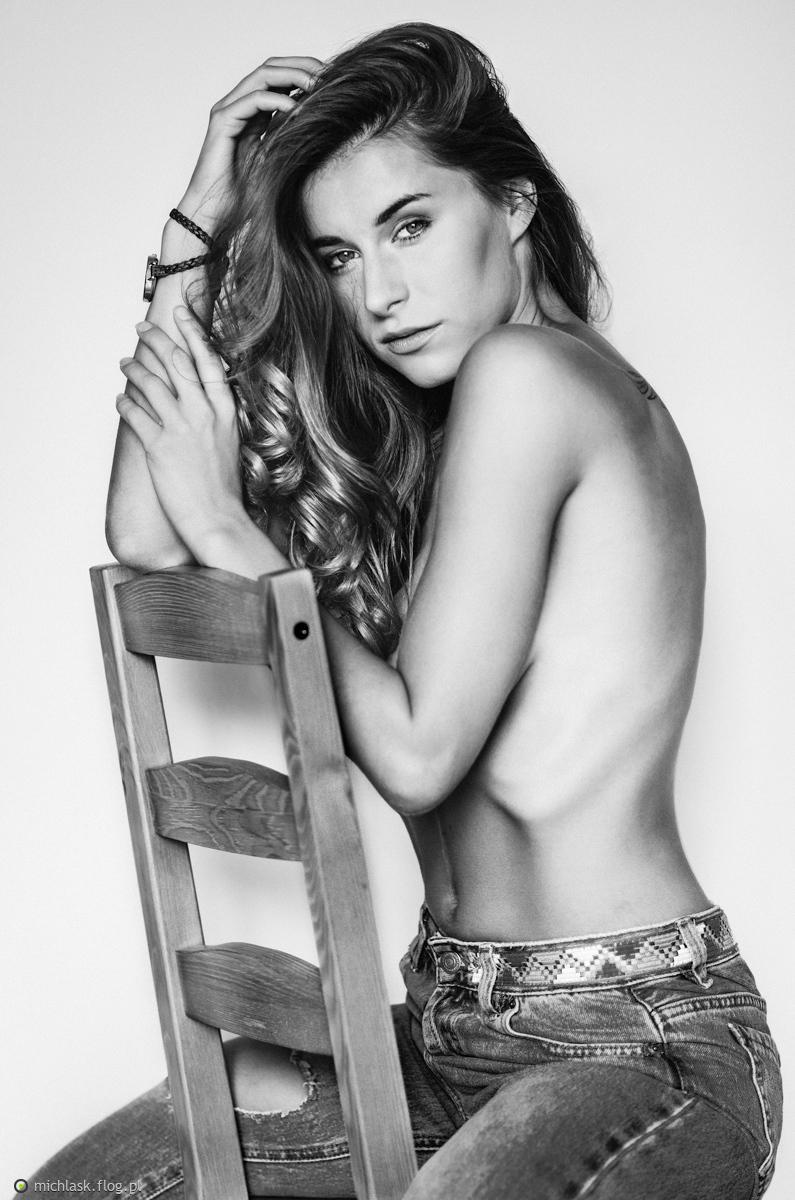 Izabella Wasiniewska Nude Photos 14
