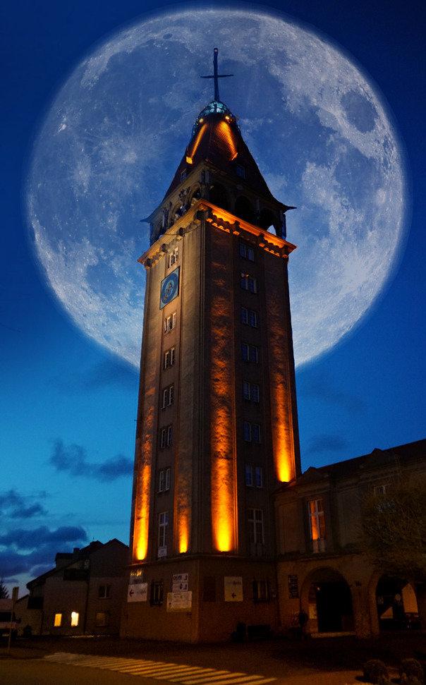 Księżycowy spacer...