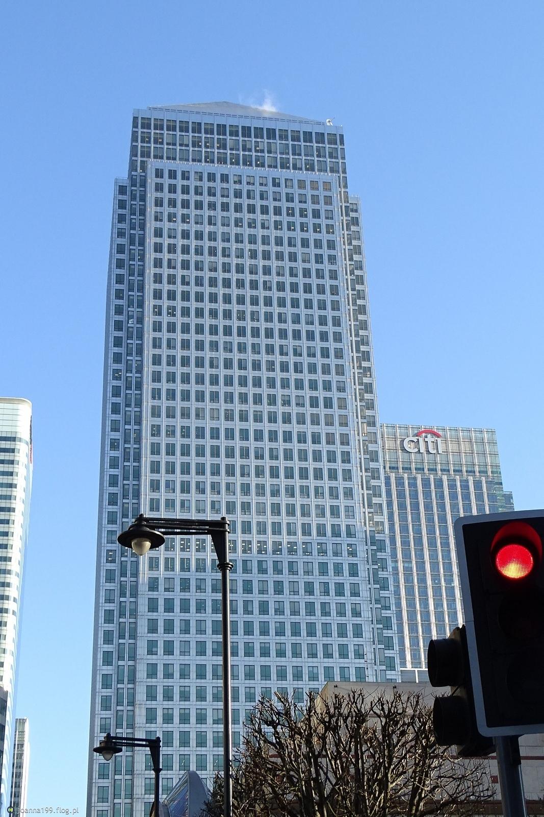 mercedesem po Londynie .....wspominki .... doberek kochani :))))