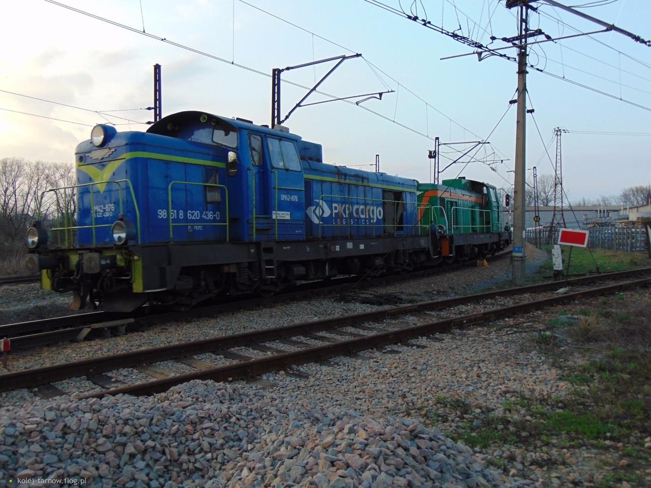 SM42-876 & SM42-2576