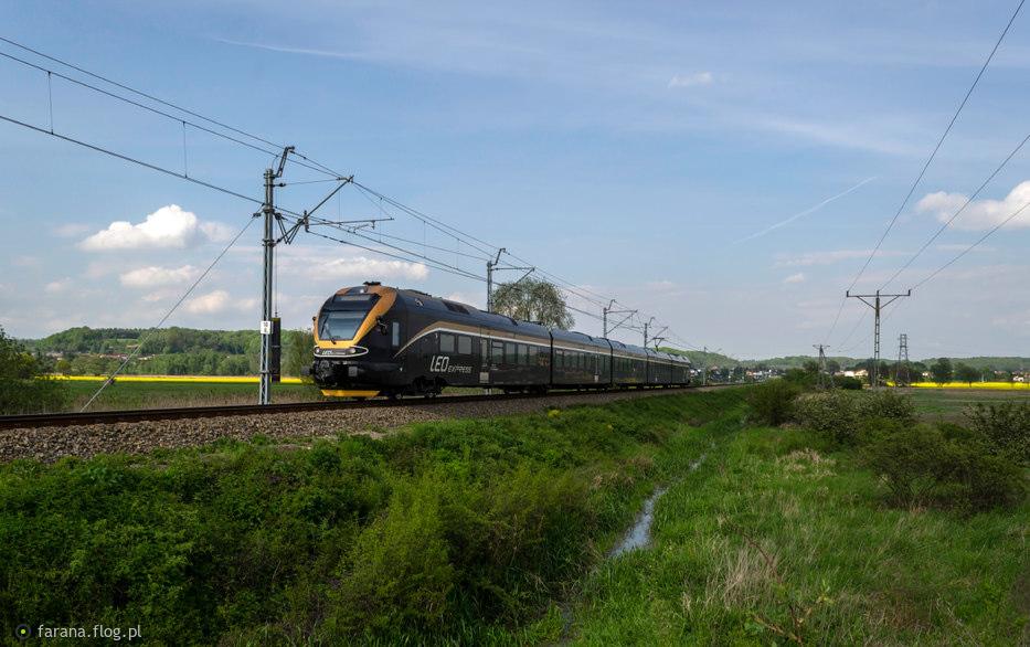 480-002 #Leo Express