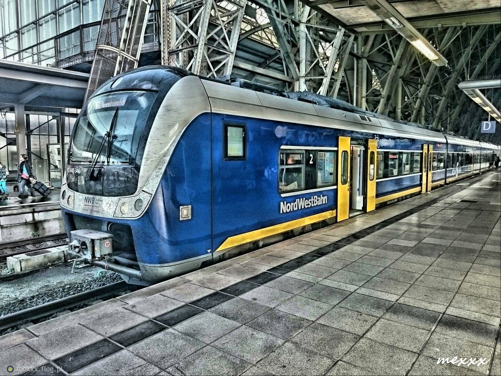 Bremen Hauptbahnhof - Alstom Coradia Continental - NordWestBahn ... :)