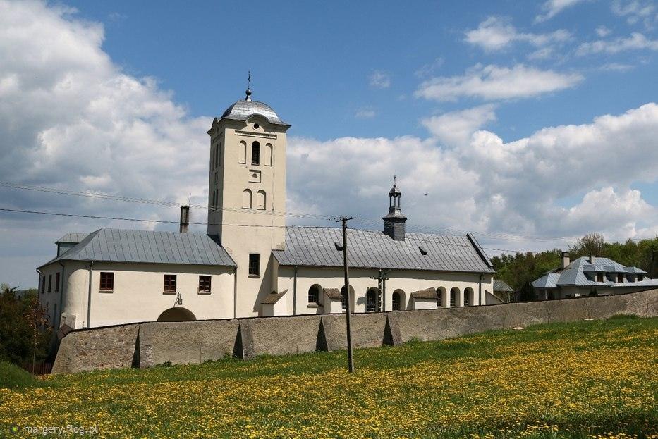 Kościół i klasztor w Św. Katarzynie w majowym słońcu :)