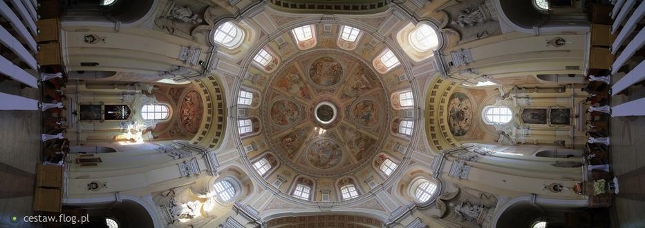 Transept.
