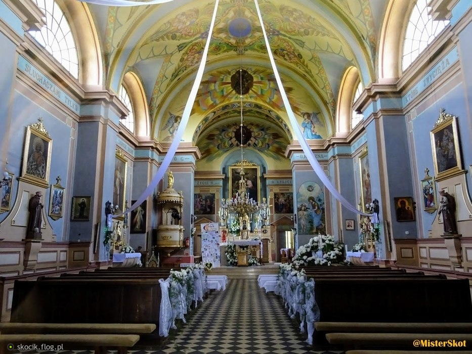 Petrykozy - kościół p.w. Św. Doroty.