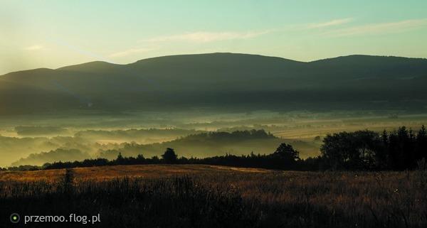 http://s22.flog.pl/media/foto_middle/11751986_sudeckie-krajobrazy.jpg