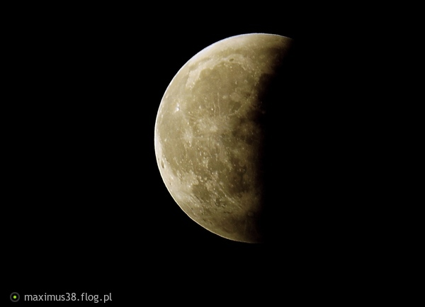 http://s22.flog.pl/media/foto_middle/11797217_polcienie-i-polprawdy-zawsze-widzimy-tylko-jasniejsza-strone.jpg