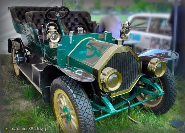 http://s22.flog.pl/media/foto_middle/11806363_humber-torpedo-z-1908-roku.jpg