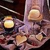 Płomień świecy tuż przed <br />zgaśnięciem świeci najjaś<br />niej.